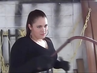 bullwhipping beauty