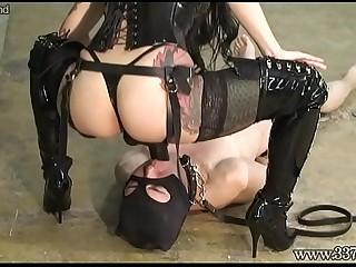 Japanese dominatrix makes..