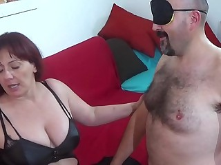 italian mistress sottomette..