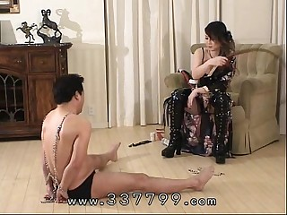 MLDO-062 Young lady is..