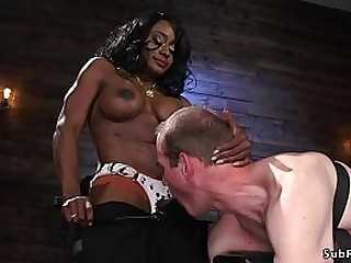 Ebony bodybuilder mistress..