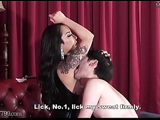Mistress Youko smell armpit..