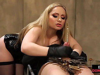 Strict mistress fists subs..