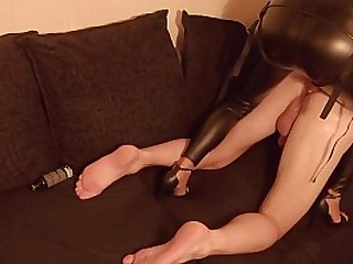 Hot Latex Mistress With Huge..
