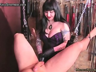 Mistress Maya Sinstress in..