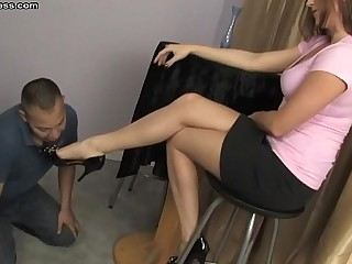 Shauna Ryanne foot fetish